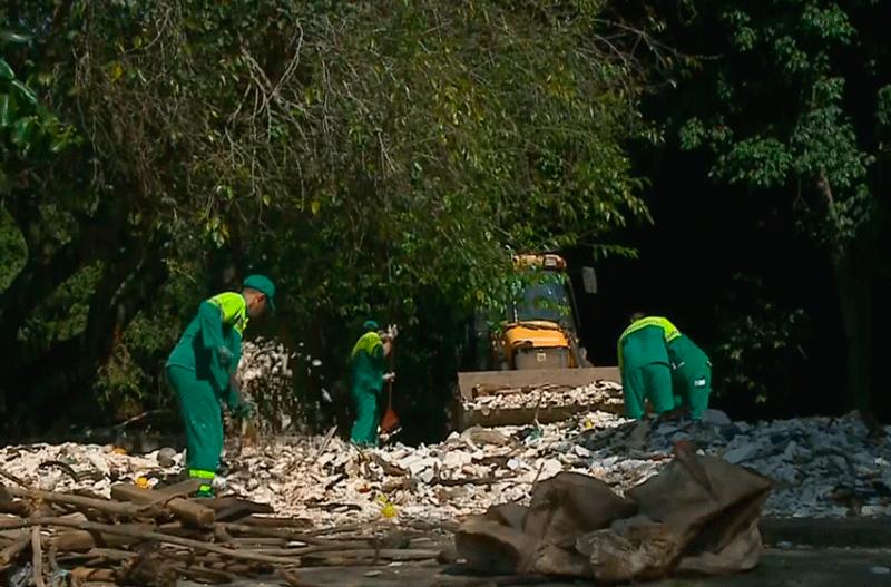 Limpeza do Rio Tietê em Salto já tira mais de 80 toneladas de lixo