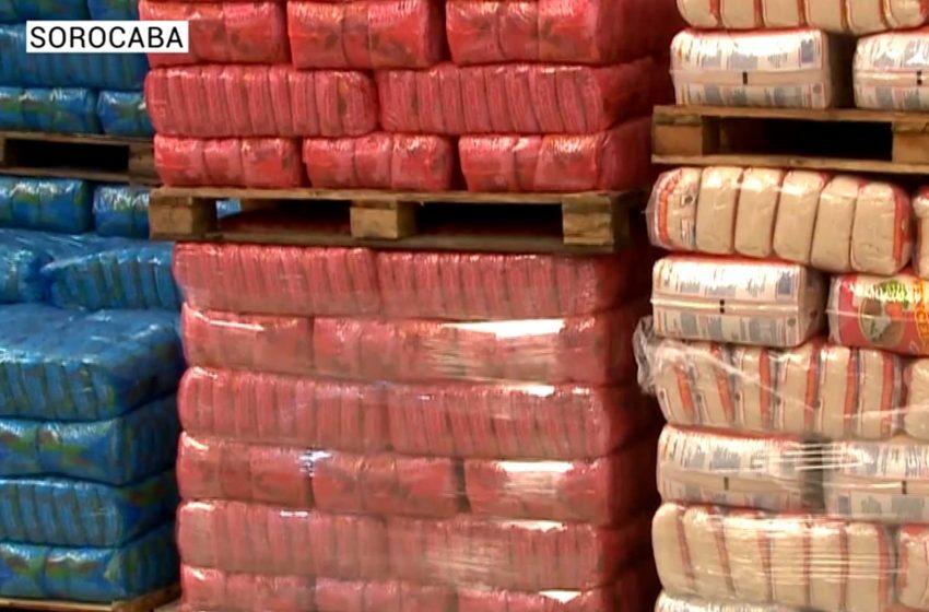 Moradores de Sorocaba se unem para doações e alimentos.